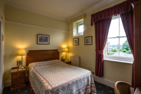 Double bedroom at 9 Green Lane B&B Buxton near the Peak District